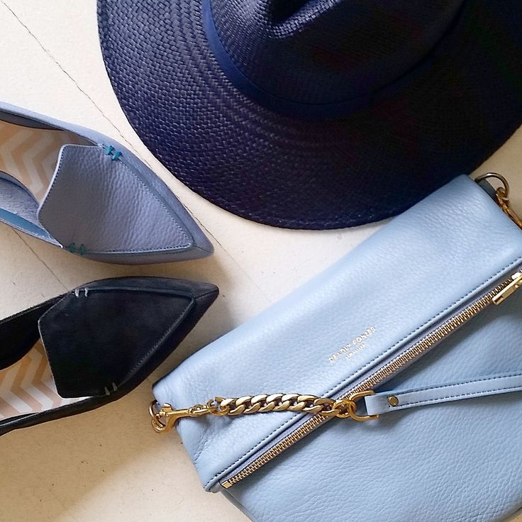 Deadly Ponies Mr Leopard bag | San Francisco Hat navy | Nicholas Kirkwood loafers | Quincy Styling @annelynne22