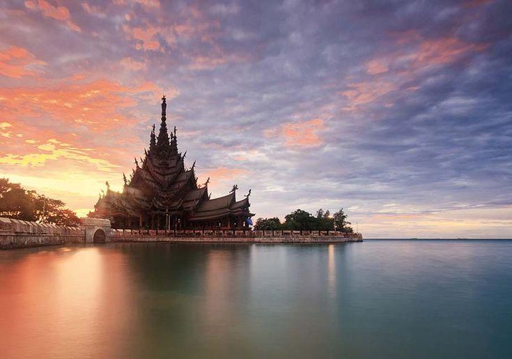 Thailand by Heru Rishardana