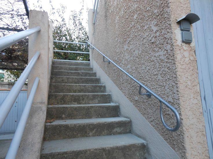 Les 25 meilleures id es de la cat gorie main courante for Main courante escalier exterieur aluminium