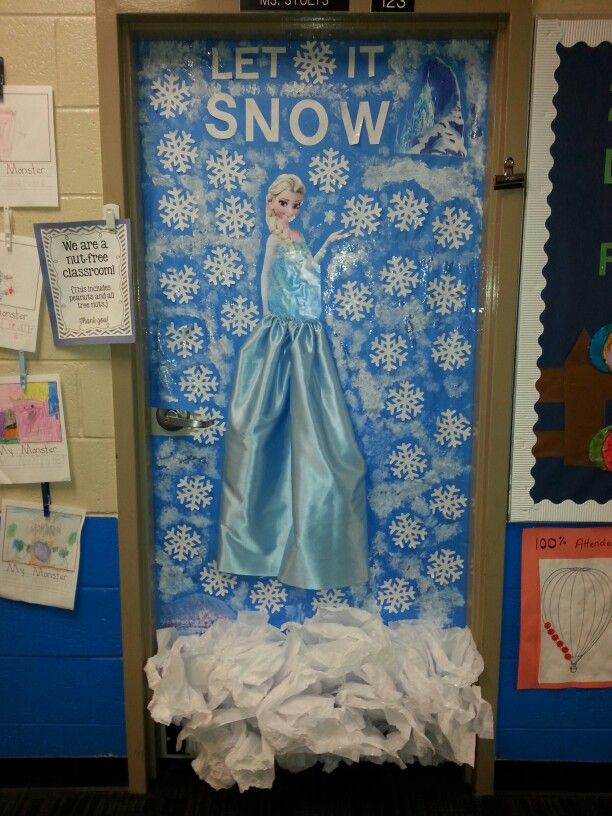 Elsa Classroom Door Classroom Doors And Bulletin Boards