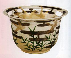 尾形乾山 Ogata Kenzan『色絵芦雁図透鉢』(出光美術館蔵)