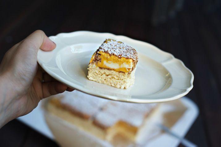 golden daytime cake