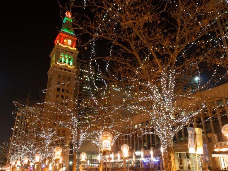 8 Best Neighborhoods to See Christmas Lights in Denver in