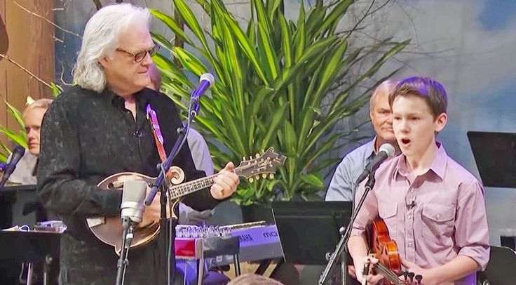Fiddle Prodigy Carson Peters Joins Ricky Skaggs For Toe-Tappin' 'Blue Moon Of Kentucky'