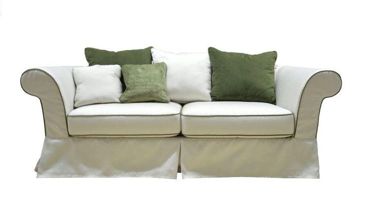 """Canapele cu elemente somptoase si elegante ce amintesc de stilul """" Empire"""", regandite de designer sa se adapteze perfect gustului contemporan. """"Oscar"""" este o canapea ce imbina ideea functionalitatii cu formele comode si relaxante, devenind aproape mereu canapeaua perfecta pentru intreaga familie.. Canapele extensibile, canapele dehusabile in totalitate, pe stofe luxoase,stofe diverse si rafinate."""