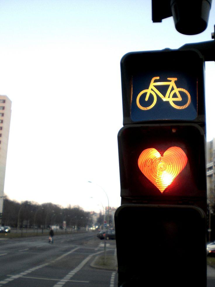 love: Street Art Utopia, Urban Art, Urbanart, Street Signs, Street Lights, Traffic Lights,  Stoplight,  Traffic Signals, Streetart