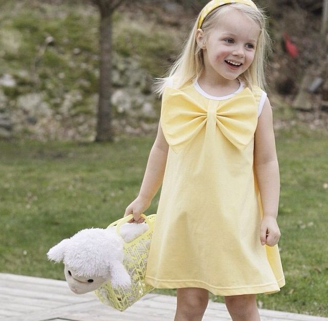 Lovelydress in liandlo one colored light yellow jersey Sew childrens clothing  Sy barnkläder Tyg stoff fabric Inspiratör:Willebusdesign