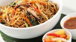 Vegetable Hakka Noodles by Sanjeev Kapoor - YouTube