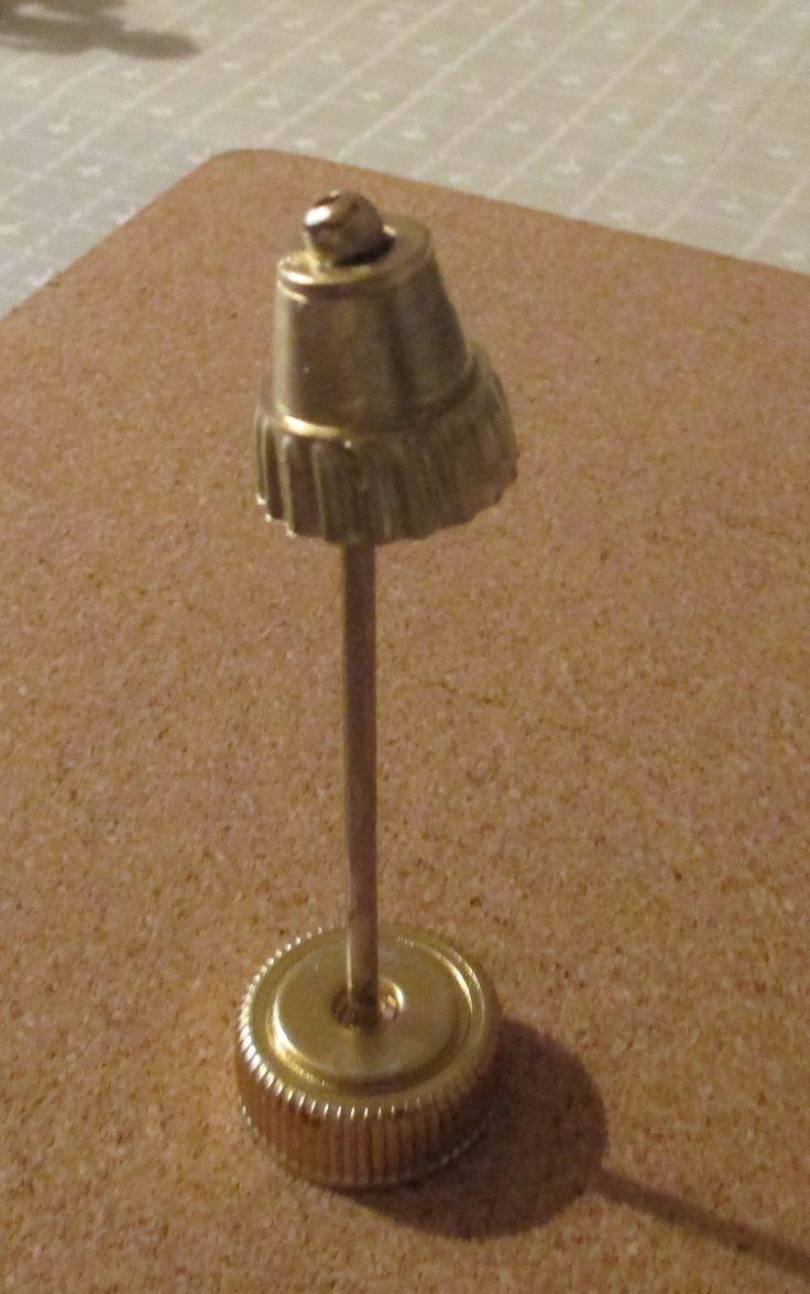 221B Baker Street - floor lamp