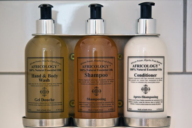 Twice Guest House: Luxury Africology - free natural soaps, shampoo and conditioners for all our guests.(Bed and breakfast accommodation in Stellenbosch)