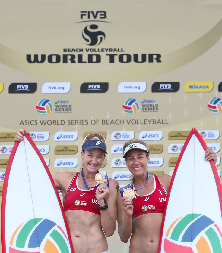 Kerri Walsh and April Ross capture women's gold on home sand in the 2014 ASICS World Series of Beach Volleyball in Long Beach