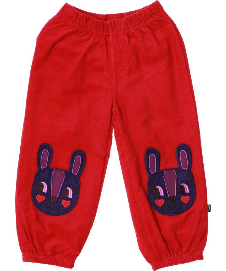 Ej Sikke Lej red corduroy pants with adorable rabbit patch. ej-sikke-lej.en.emilea.be