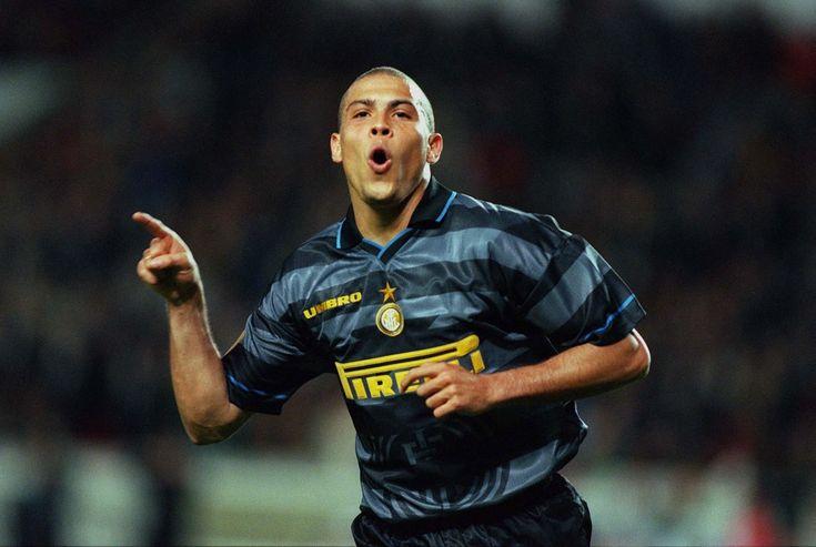 el mejor 9 de todos los tiempos... Ronaldo - Inter Milan