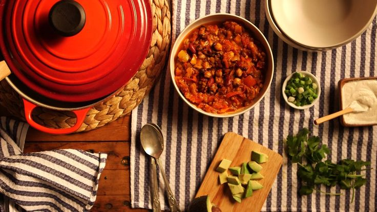 You want a one-pot #vegan chili? We have that #recipe! Deliciously simple and enough to feed an army, this is going to become your go-to for potlucks or even a midweek favorite. Check this recipe on alloverhealthy.com