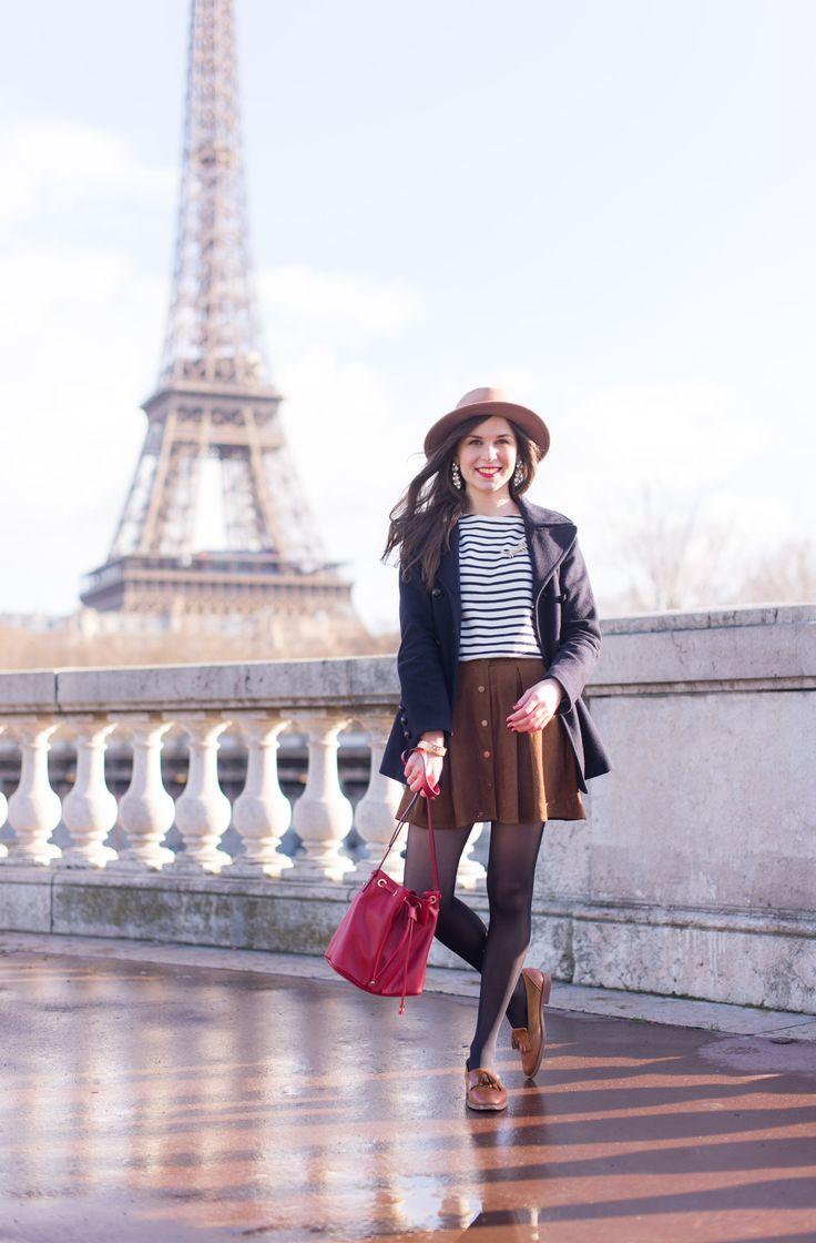 Porter une jupe même en hiver ! Parisian style by @modeandthecity