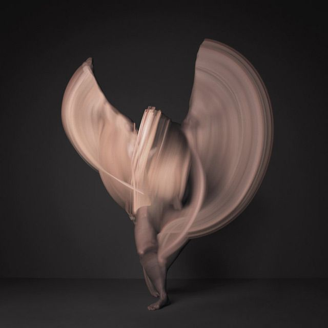 Time lapse Images of Nude Dancers / 10,000 Individual Photographs long exposure