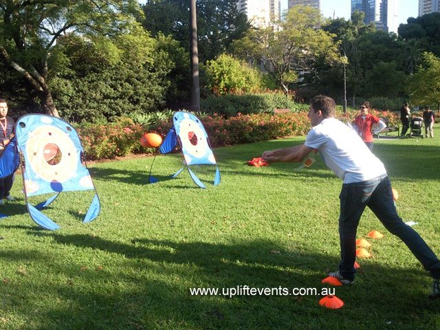 Uplift Events organises uplifting & fun team building events for people who after a 'unique & personalised' experience.