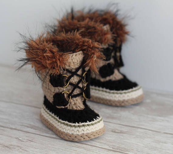7558a285ef7 The CUTEST crochet boot pattern for babies! The faux fur trim and straps  make these really unique and a perfect baby gift. This crochet pattern is  written ...