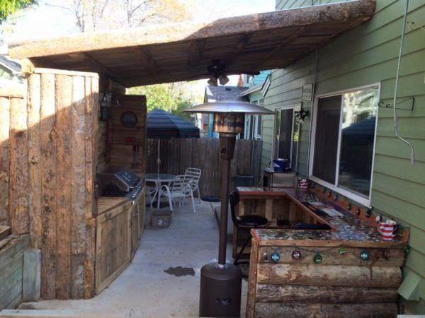 17 mejores ideas sobre cocinas al aire libre en pinterest for Banco de paletas al aire libre
