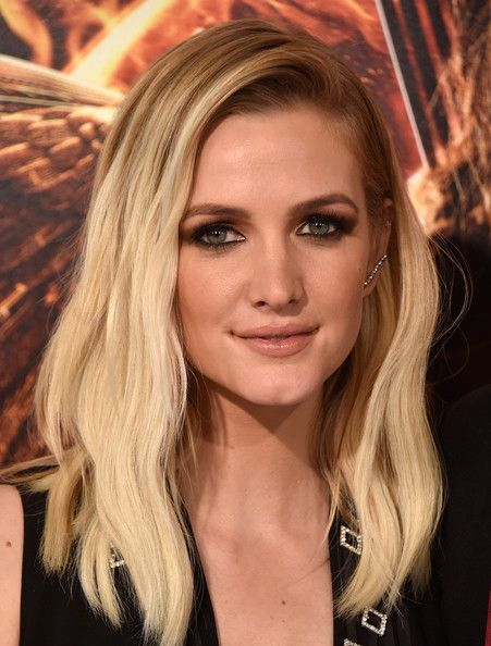 Ashlee Simpson Photos: 'The Hunger Games: Mockingjay, Part 1' LA Premiere — Part 4
