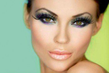 10 Wonderful makeup tips for hazel eyes    Hazel eyes are pretty unique in the world of eye colors. Firstly, they are not just one single color, they are actually a combination of different tones and, secondly,