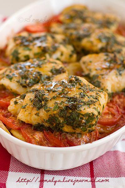 Рыба с картофелем и помидорами по-марокански.Легко , вкусно, простой набор продуктов