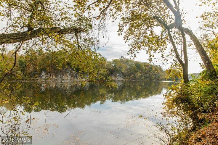 MLS #BE9814052 located at Boo Boo Boulevard, Falling Waters, WV 25419 is a Residential listing in Falling Waters WV for $250,000. 3 Riverfront lots on Potoma...