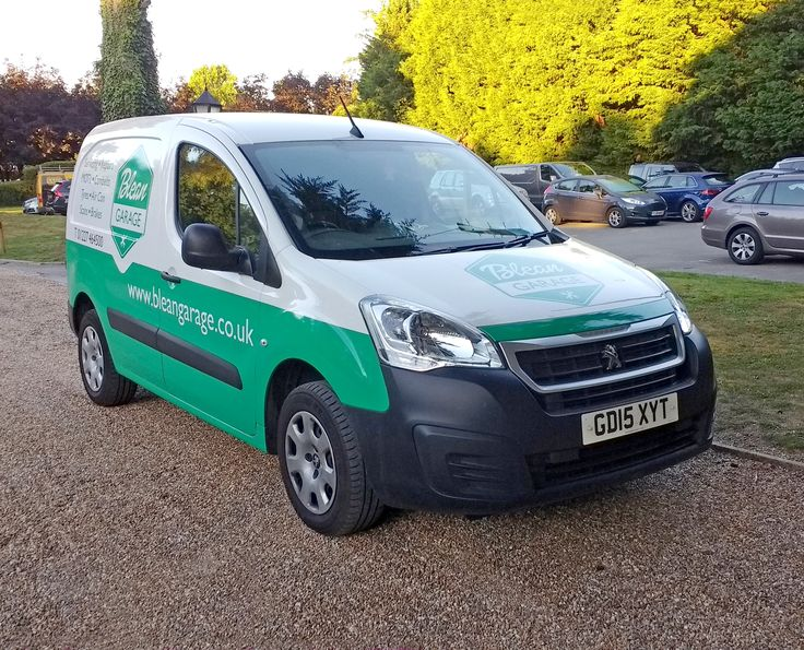 A new exciting #VanLivery we designed for a local #mechanics based in #Blean #kent
