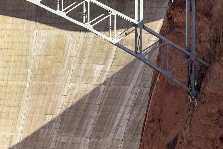 AECOM was retained by the Arizona Department of Transportation to complete the biennial inspection of the Glen Canyon Dam Bridge in Page, Arizona. AECOM's bridge inspection practice is one of the most distinguished in the US. The program combines more than 25 years of experience and 200 certified bridge inspectors and load raters who themselves are skilled bridge designers or full time inspectors,