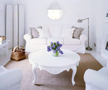Pure and Simple: Cottages Styles Rooms, White Living, Living Rooms, All White, White Decoration, Shabby Chic, White Rooms, Cottages Homes, Small Cottages