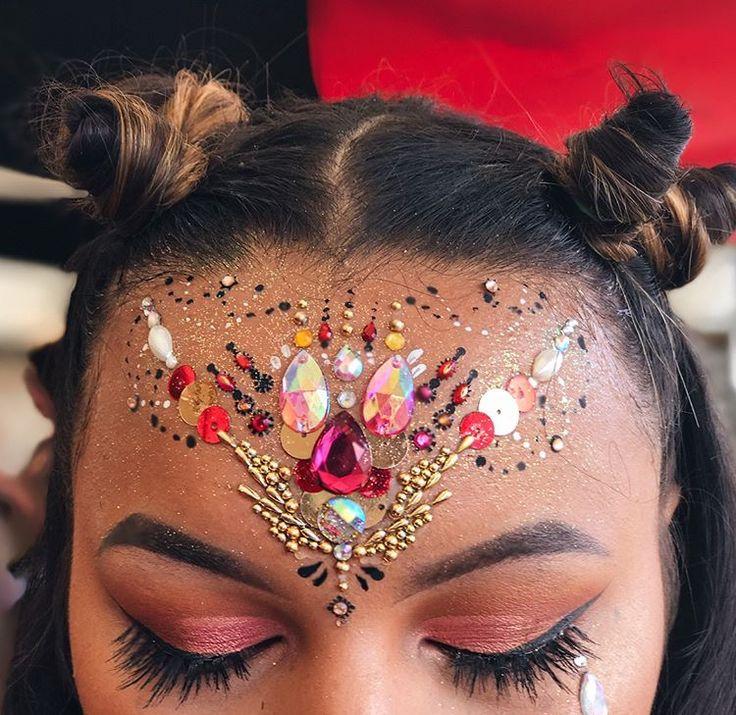 Amazing festival makeup