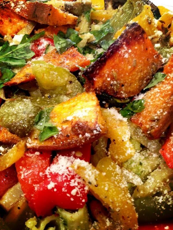@roastkitchen1 pasta, pecorino & roasted veg salad