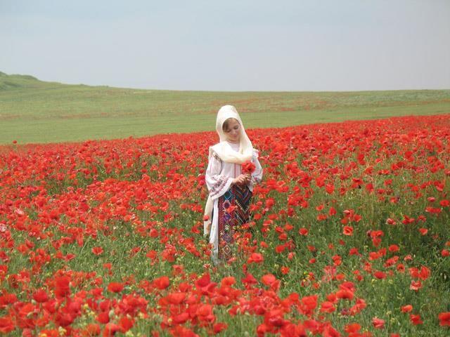 Romanian woman from North of Dobrogea, Tulcea