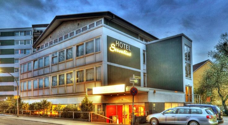 Hotel Servatius Köln This modern hotel is located in the Merheim district, a 10-minute drive east of Cologne city centre. Guests enjoy free on-site parking and good access to Cologne/Bonn Airport as well as the A3 and A4 motorways.