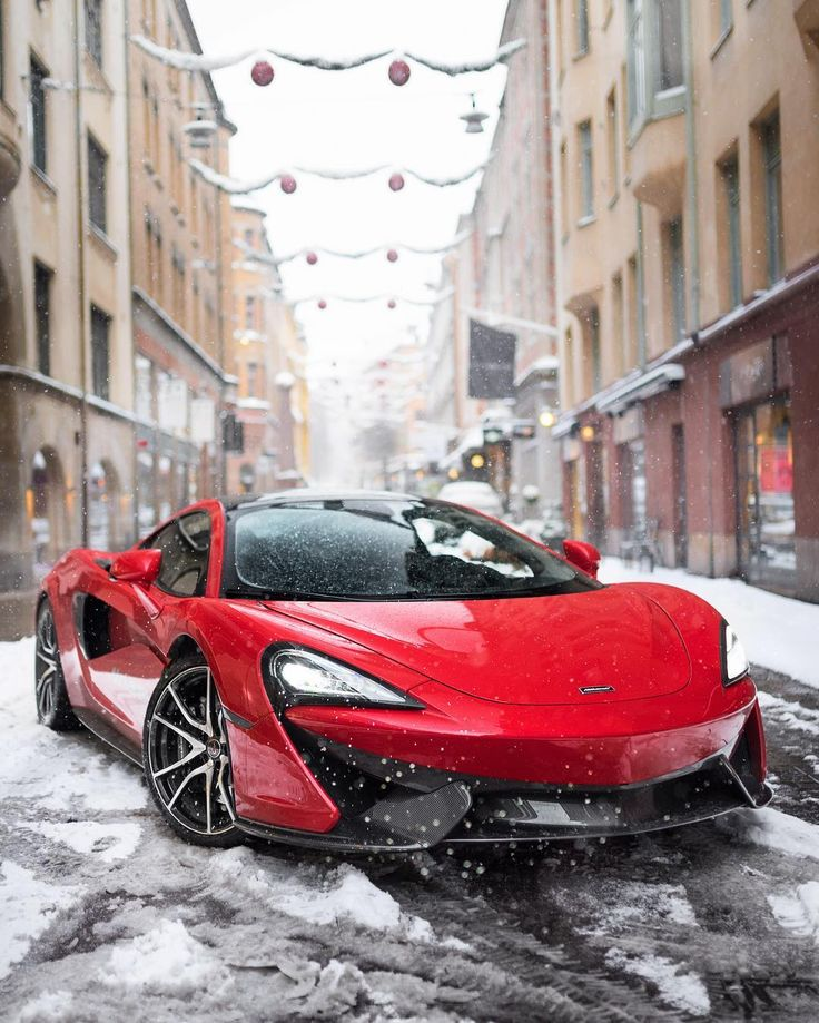 The McLaren 570GT is my favorite car. I think that it looks amazing, it is also very fast.