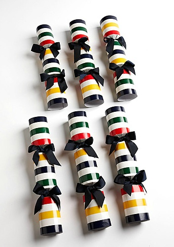 HUDSON'S BAY COMPANY COLLECTION One Stop Gift Shop: Multi-Coloured Striped Christmas Crackers