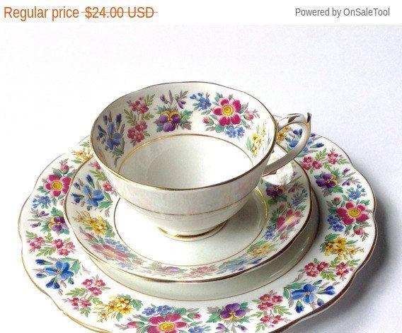 Vintage té taza trío, años 1950 inglés taza de té Vintage Set, merienda, almuerzo conjunto, Vintage China, té de despedida de soltera, decoración Chic Shabby