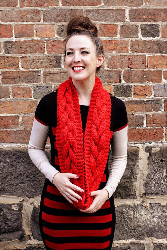 Chunky Cable Cowl knitting pattern