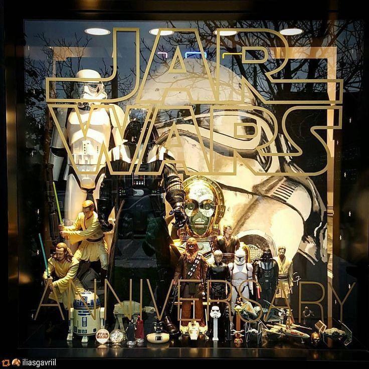 JAR WARS ANNIV. display window