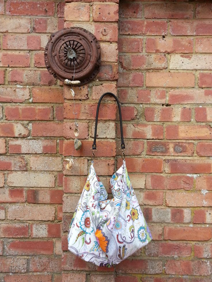 Robert Kaufman - Quills slouch bag by Kim @ Invisible Crown