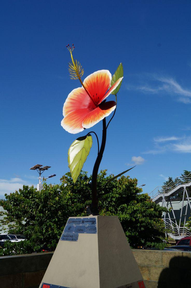 A flower sculpture in Villavicencio, Colombia