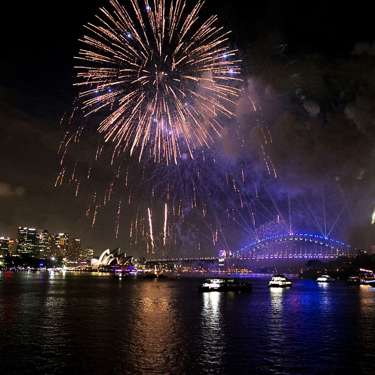 Kickoff 2020 from the heart of the harbour watching the