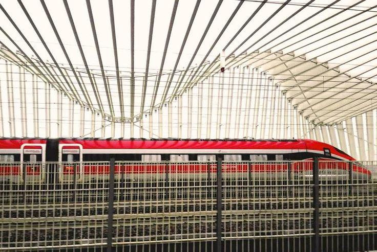 https://flic.kr/p/226QPLV | Freccia Rossa a Reggio Emilia ( Italia) | Treno Alta Velocità