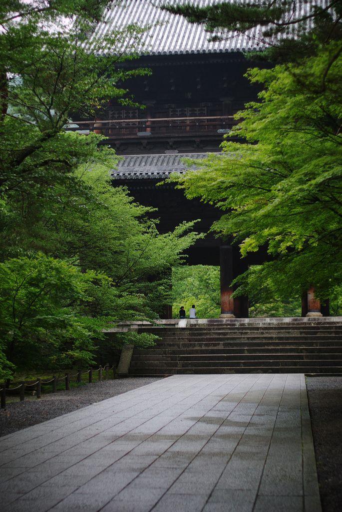 https://flic.kr/p/8mcufw   morning walk in Zen world #1   at 7:00 am. Nanzenji,kyoto