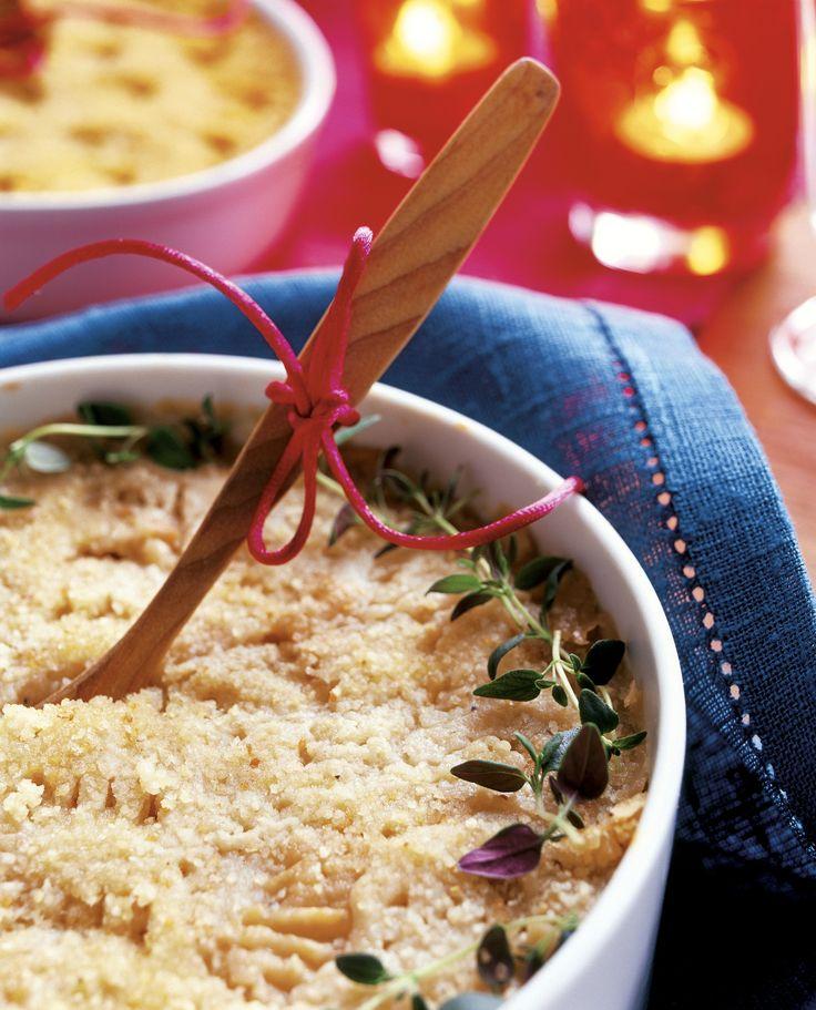 Imelletty perunalaatikko kuuluu useiden suomalaisten joulupöytään. Valitse laatikkoon mahdollisimman jauhoisia perunoita.