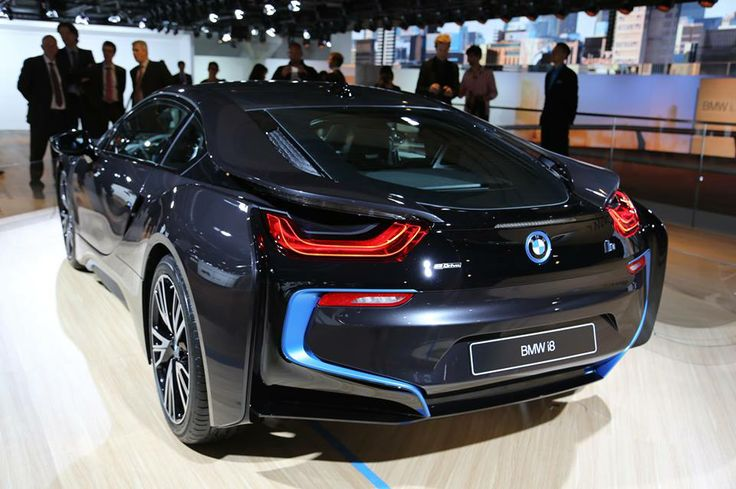 The BMW i8 has been revealed!