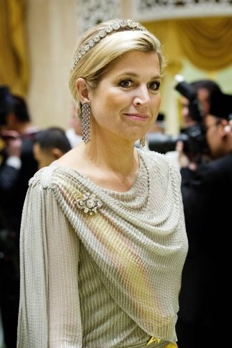 Nick Verreos: Royal Fashion Minute: Queen Beatrix, Princess Maxima of the Netherlands Visits Brunei In Style!