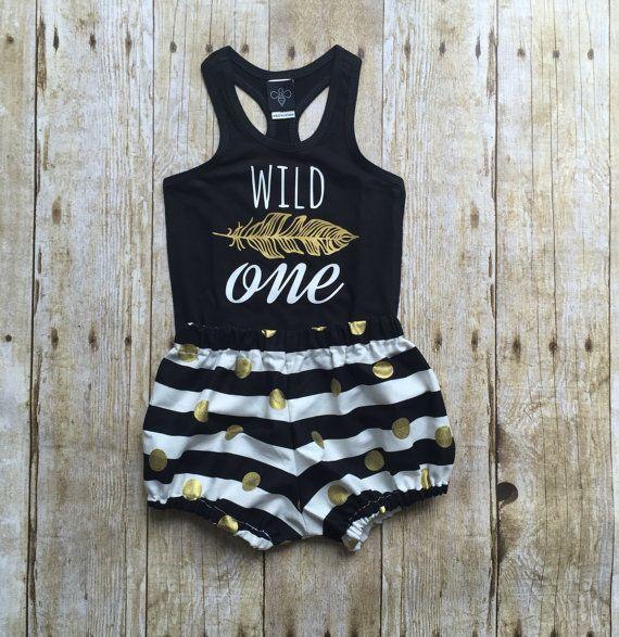 Meisjes verjaardag outfit wilde een shirt door WillowBeeApparel