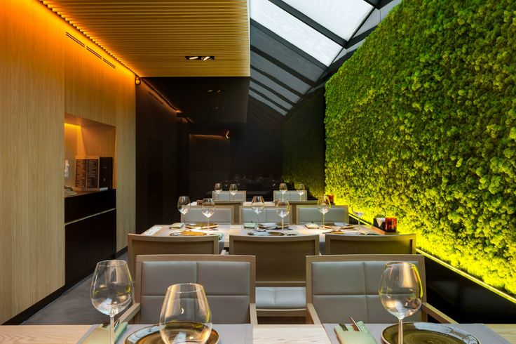 Интерьер ресторана паназиатской кухни TAU YOD Dеsign Lab