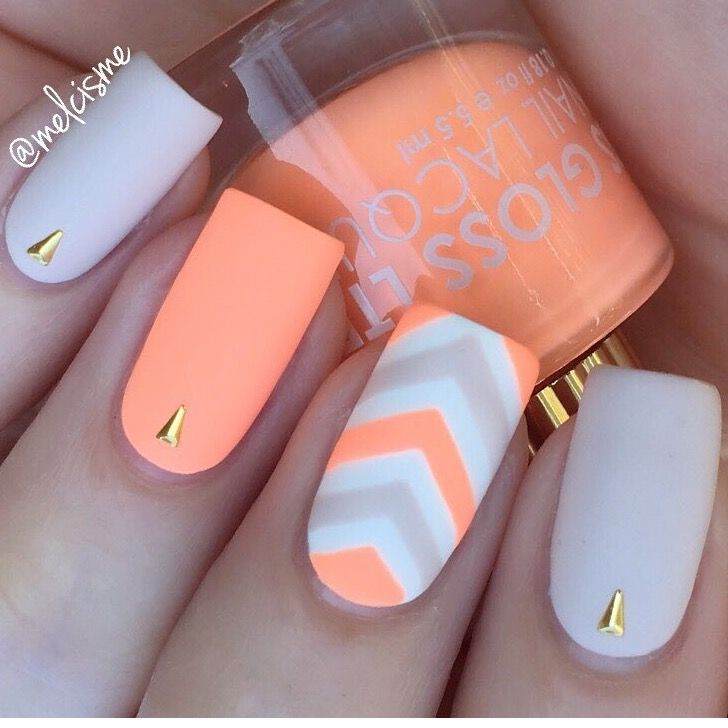 Coral and Grey Chevron nails by @melcisme